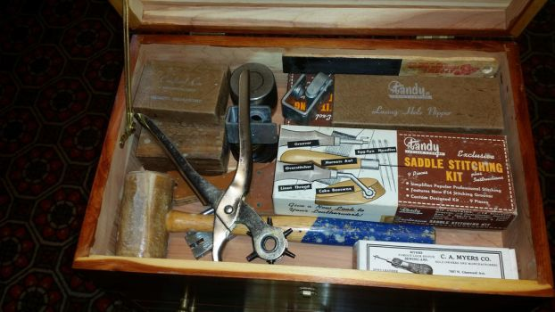 Tool Box: Top compartment by Refiner