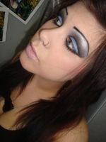 blue queen make up by Sherry-makeup