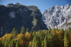 Autumn in the mountains. by Phototubby