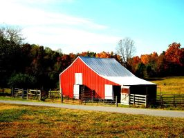 Barn in Fall by deep-south-mele