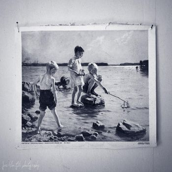 Boys playing on the shore by wchild