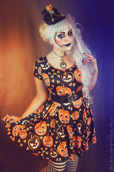 Little Miss Pumpkin by MADmoiselleMeli