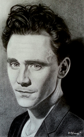 Tom Hiddleston by MidnightRoseGarden