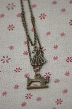 Sewing Steampunk Necklace by tgwttn