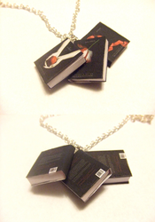 Twilight series book necklace by manditaaknfv