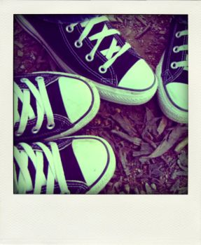 converse kids. by alannah-the-pirate