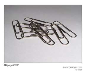ID paperCLIP by coil