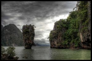 James Bond Island by simenkon
