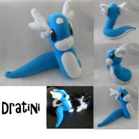 Dratini plush by Amantes-Caeli