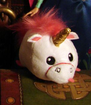 Little Unicorn plushie by MelianMarionette