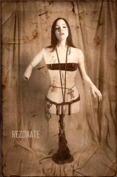 Mannequin by rezonate