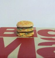 Big Mac inspired polymer clay sculpture by TinyAna