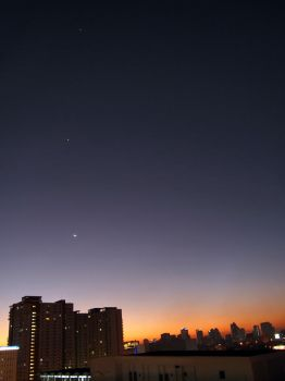 Jupiter, Venus and the Moon by loc0