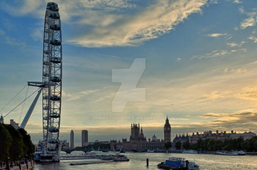 London by MairStudio