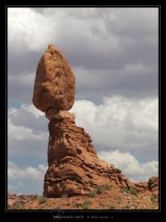 Balanced Rock by Crooty