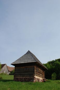 old traditional romanian house by antonnicuadrian