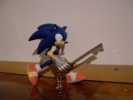 Sonic with the Keyblade by mariomaster88