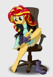 Sunset Shimmer putting on shoes by Mister-Saugrenu