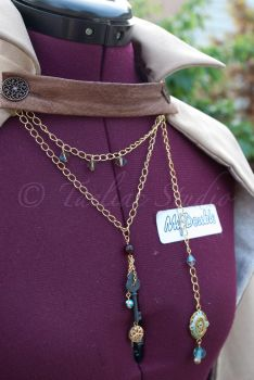 Steampunk Capelet by taeliac