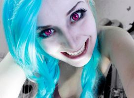 Jinx The Loose Cannon League of Legends Cosplay by SailorMappy
