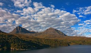 Quinaig Morning by bongaloid
