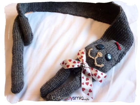 Grey Sweetheart Kitty Cat Scarf by Cateaclysmic