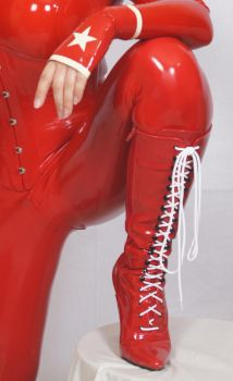 At the LiS June 2012 by latexraven