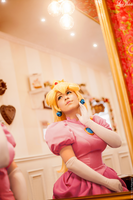 Princess Peach by LayzeMichelle