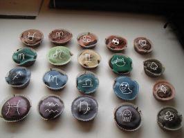 Homestuck cup cakes by blowyourownapple
