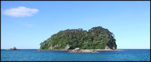 Small island out at sea by eRiQ
