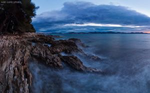 Harsh rocks and restless sea by ivancoric