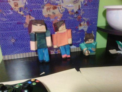 Some homemade papercraft by Mk2nd
