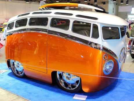 VW Toon Bus I by DrivenByChaos