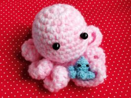 Pink Crochet Octopus by Stimorolletjuh