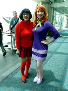 Velma and Daphne by Cassini90125