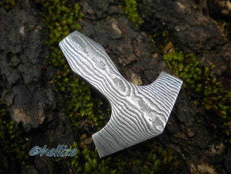 Thor's hammer pendant by hellize