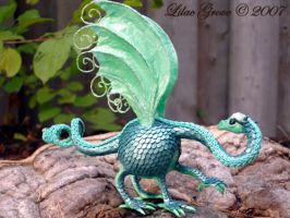Miniature Pot-belly Dragon by LilacGrove