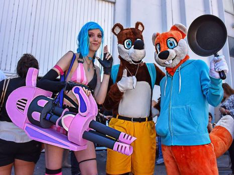 Conker, Banjo and Jinx cosplay by ViluVector