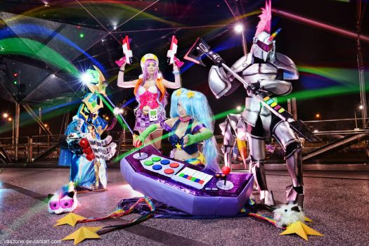 League of Legends - Arcade Team 02 by vaxzone