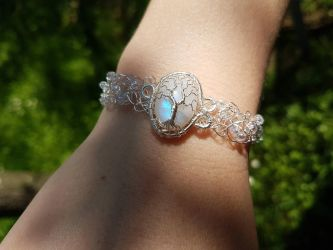 Moonstone bracelet by jessy25522