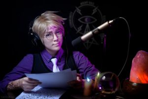 WtNV: The Voice of Night Vale by behindinfinity