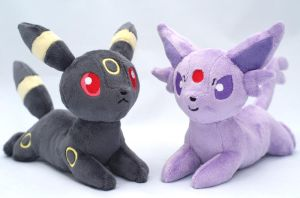Umbreon and Espeon plushies by Draxorr