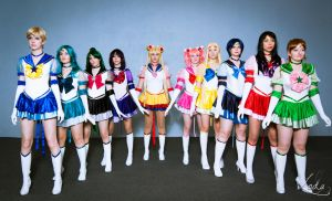 sailor moon, we are all here by your side by Barbie-Yuan