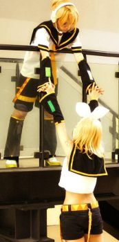 Kagamine - We will be together by Isarandel
