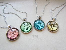 Can you bend them all? - Avatar Inspired Necklaces by thingamajik