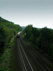 A train approaching Marburg by nplhse