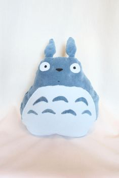 Totoro plushie cushion by xquiescentdeath