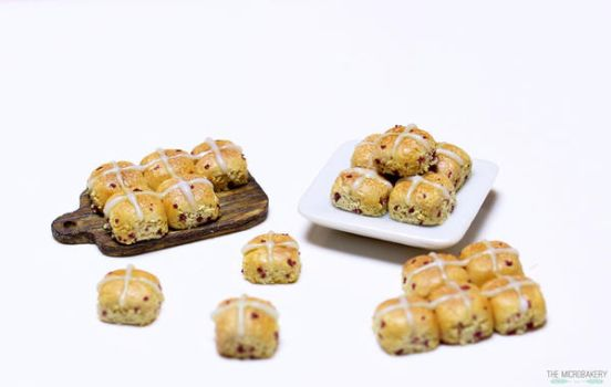 Miniature Hot Cross Buns 4 by TheMicroBakery