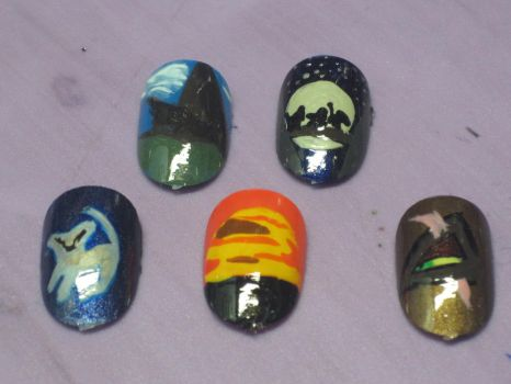 Lion King Nails by hatterlet