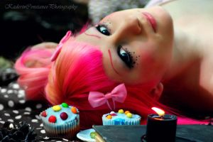 cupcake portrait by toxica0